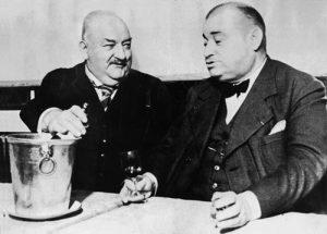 Curnonsky et son ami le docteur André Robine. Photo extraite de Simon Arbellot, « Curnonsky, Prince des Gastronomes », Paris, Les Productions de Paris, 1965.